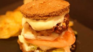 Mini hamburguesa crujiente