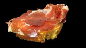 Tosta de Jamón Ibérico de Bellota con tartar de Tomate